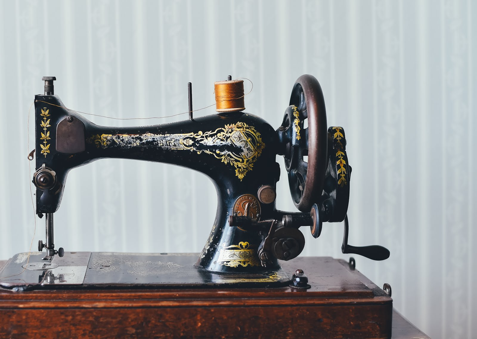 Beginner's guide to sewing your first dress - what you need