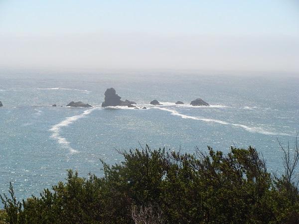 Fahrt entlang des Highway-No. 1 an der Pazifik-Küste in Richtung San Francisco