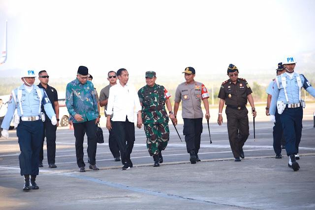 Didampingi Mendagri, Presiden Tinjau Tol Pertama di Aceh