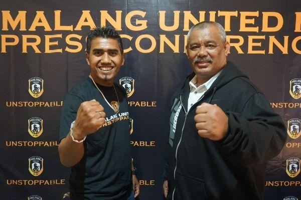 Pelatih Malang United Rochmad Santoso dan Legenda Arema Syukrian