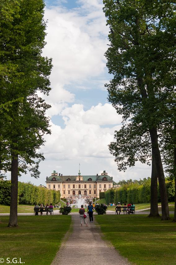Estocolmo. Palacio de Drottningholm y sus jardines