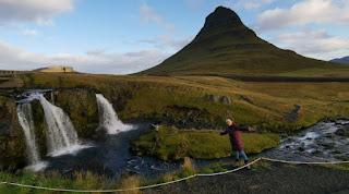 Kirkjufell y Kirkjufellsfoss. Península de Snaefellsnes (Snæfellsnes). Islandia, Iceland.