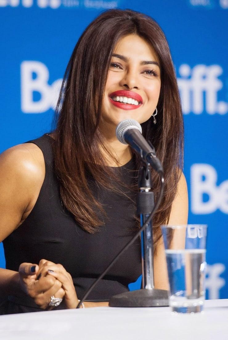 Desi Bollywood Doll Priyanka Chopra Bra Size, Age, Wiki ...