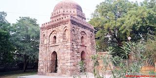 Sakri Gumti at Hauz Khash