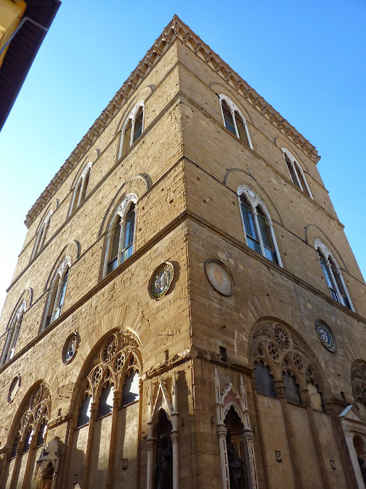 The Transition of Orsanmichele: Medieval to Renaissance, Market to Holy Site