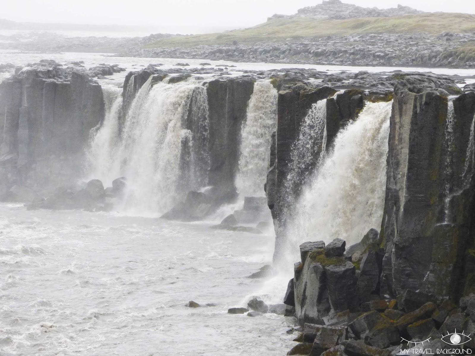 My Travel Background : 2 jours autour du lac Myvatn en Islande - Cascade de Dettifoss et Selfoss