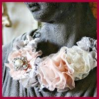 Collar de flores estilo Anthropologie