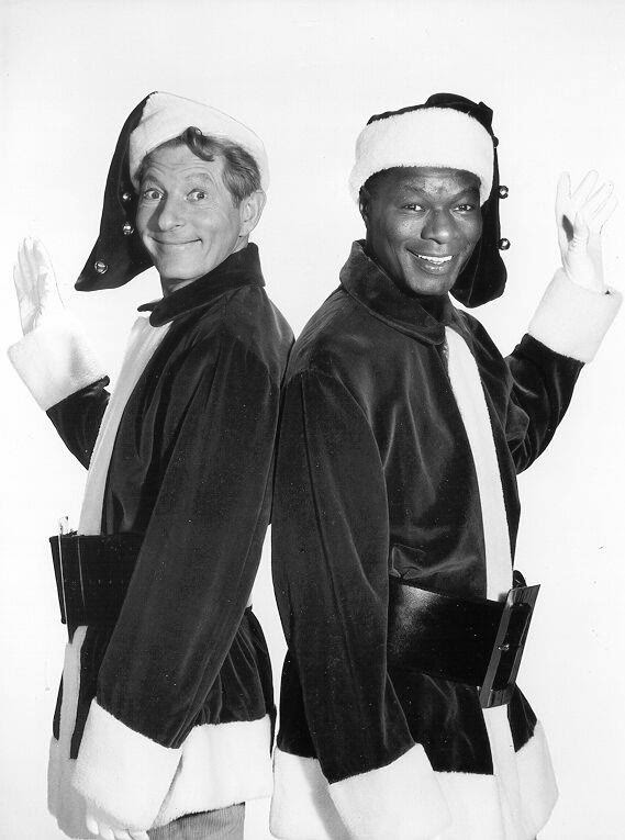 Mary Tyler Moore Danny Kaye Nat King Cole holiday.filminspector.com