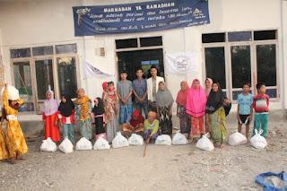 Inspiratif, Komunitas Muda Mengajar Lombok Dalam Seminggu Dua Kali Gelar Santunan