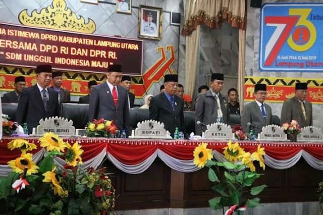 DPRD Lampura Menggelar Rapat Paripurna Istimewa dengan Agenda Mendengarkan Pidato Kenegaraan Presiden Republik Indonesia Dalam Rangka Peringatan HUT Kemerdekaan RI ke-74
