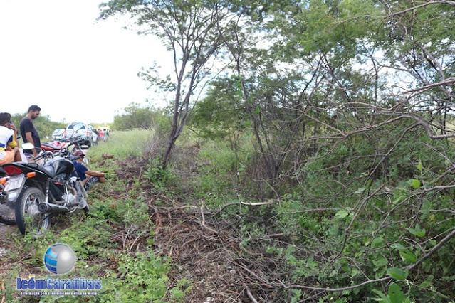 Motociclista encontrado morto na zona rural de Caraúbas foi identificado e teria sido executado; veja vídeo