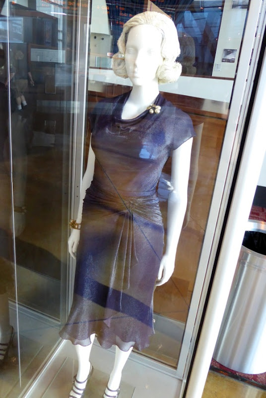 Allied Marion Cotillard film costume