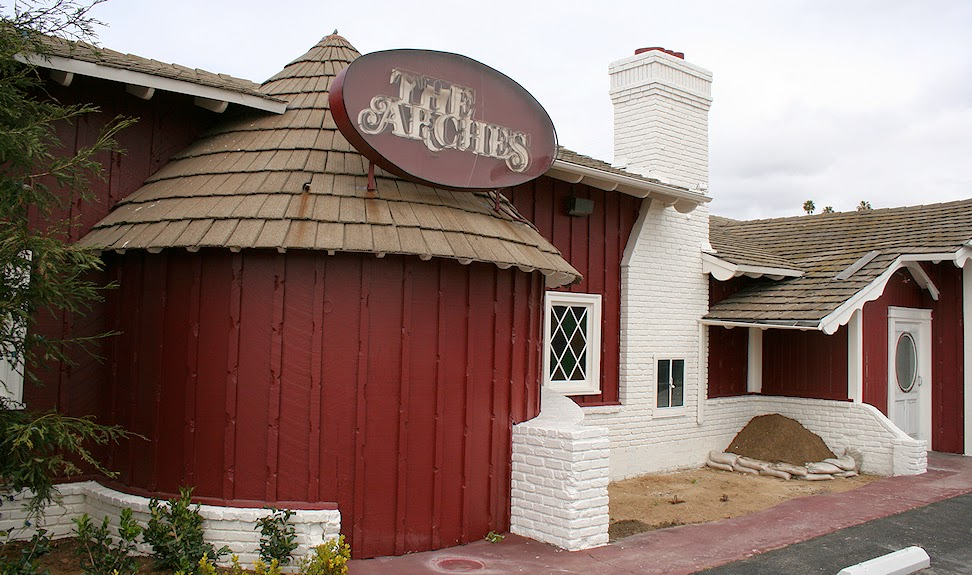 The Arches Shortly Before Its Renovation Into A Restaurant 2008