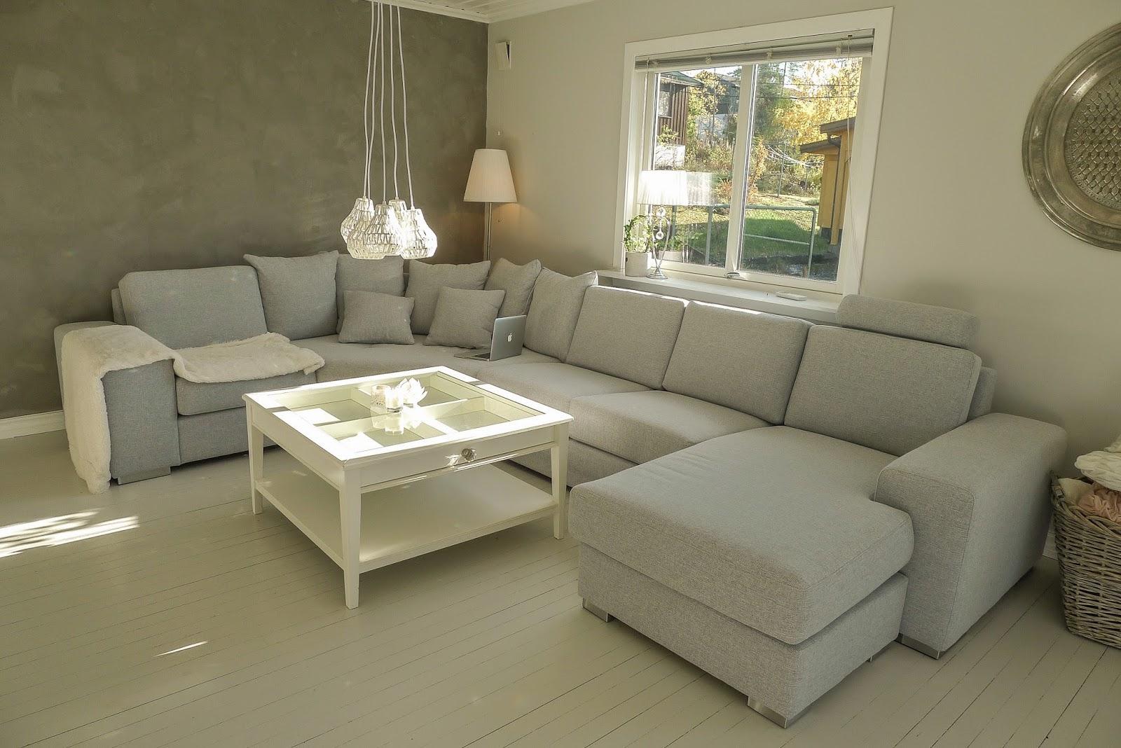 villa sol s ny stue. Black Bedroom Furniture Sets. Home Design Ideas