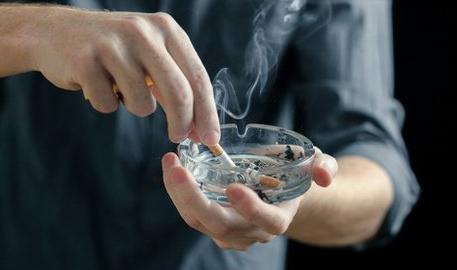 Harga Rokok Melambung, Intip Tips Berhenti Merokok Ini!