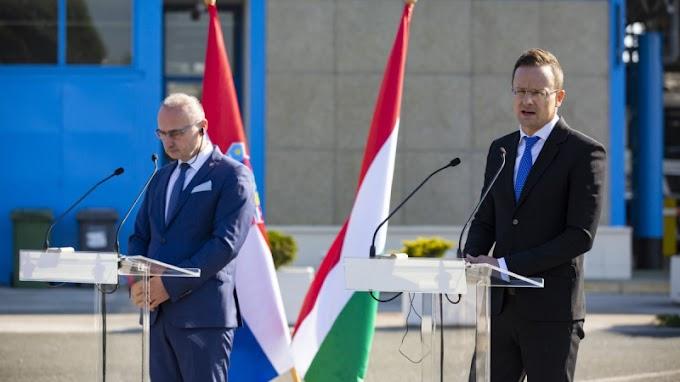 Horvátországba az oltást igazoló, pecsétes papírt is vinni kell