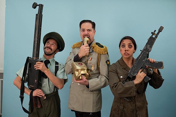 EL Sabio TRASHUMANTE , Guerra a clown play celebra 200 representaciones en el IRIS ¡