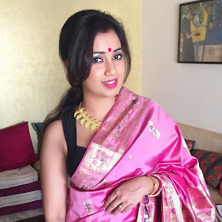 Shreya Ghoshal Indian Singer In Saree Hot Photos