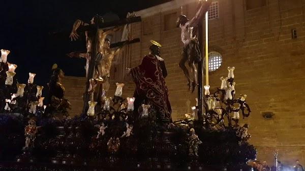 Vídeo del Santísimo Cristo del Perdón por el Campo del Sur en la Semana Santa Cádiz 2019