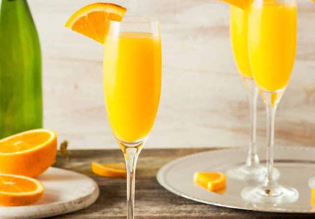 Non Alcoholic Apple Cider Mimosa #brunch #drinks