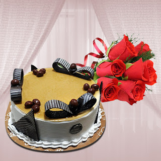 Butterscotch Cake with Red Roses