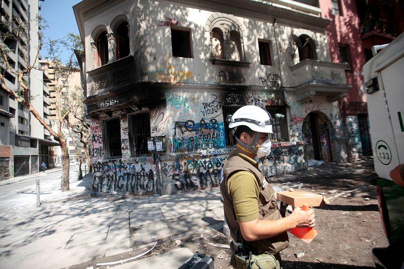 Casa incendiada  en Plaza Italia  servía como residencia para estudiantes