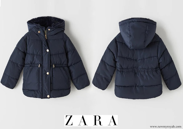 Princess Athena wore Zara Puffer Jacket with Piping in Navy Blue