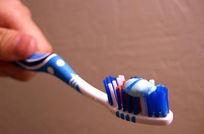 fazla diş macunu zarar verir