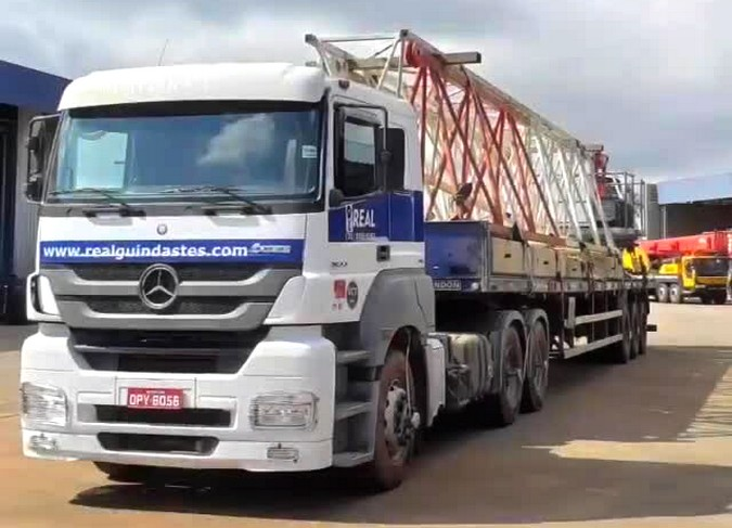 Real Guindastes abre vagas para motoristas carreteiros em 3 cidades