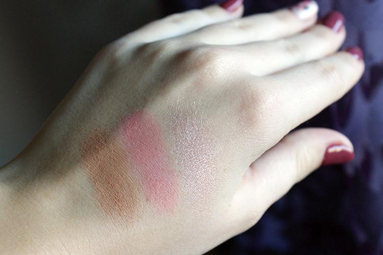 Eveline Cosmetics Contour Sensation 02 Peach Beige swatche
