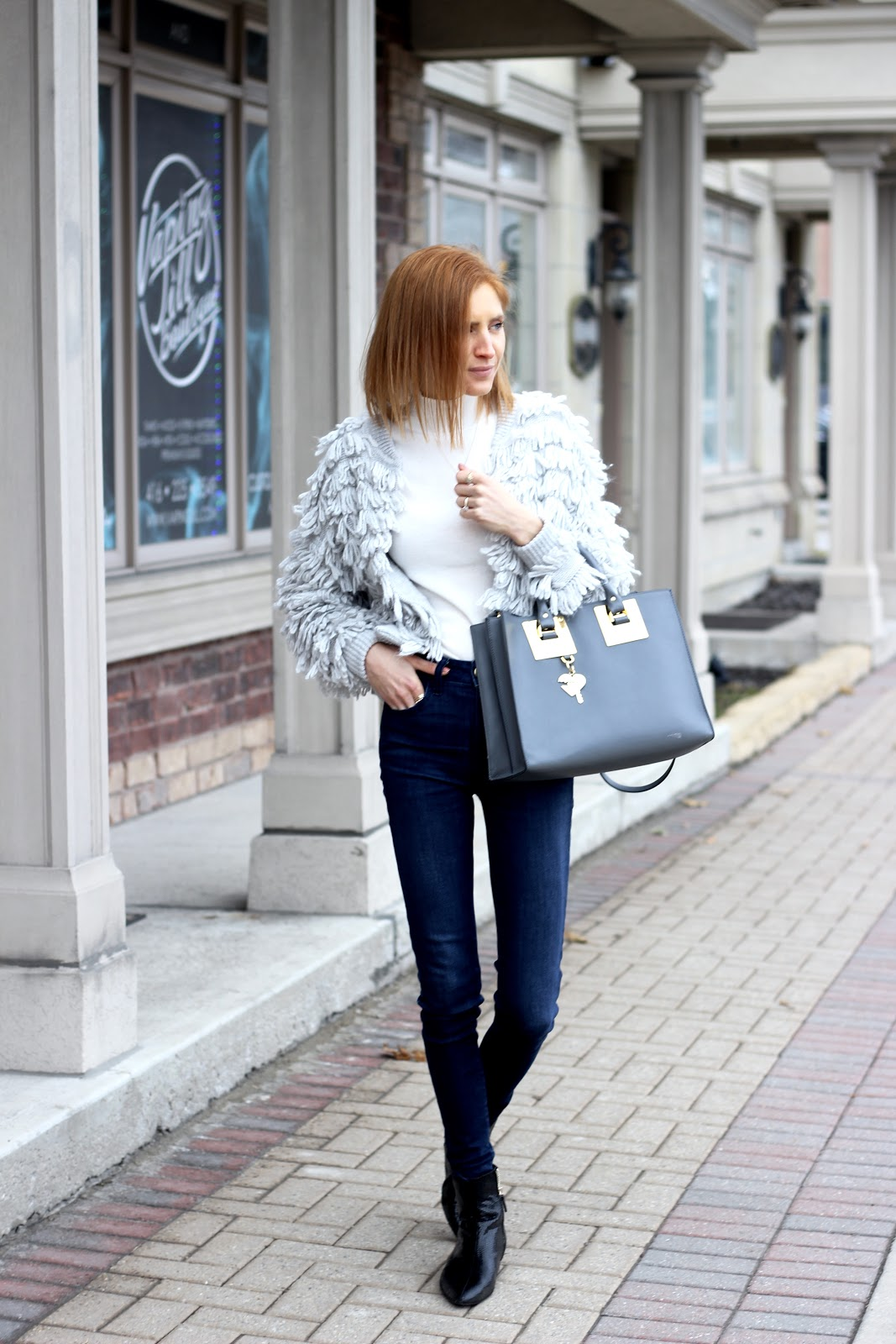 Gap Loop-Fringe Cardigan, AE denim, Zara boots, grey, Sophie Hulme, How to style a cardigan