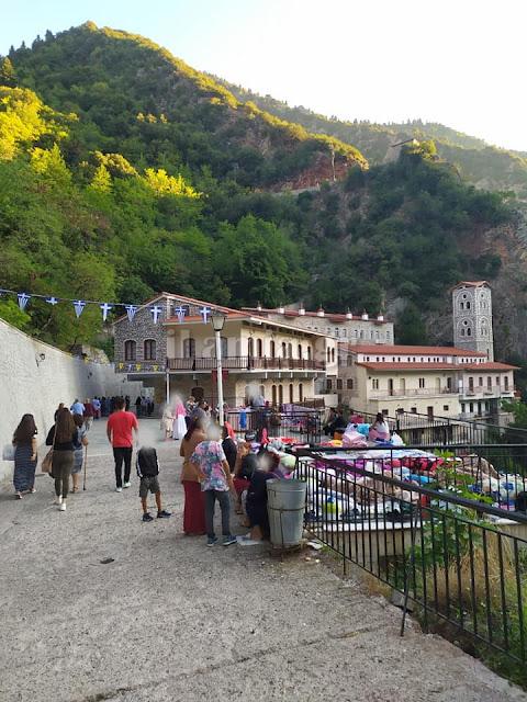 Γιορτάζει η Παναγία Προυσιώτισσα στο Καρπενήσι