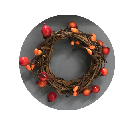 Tiny picberry wreath