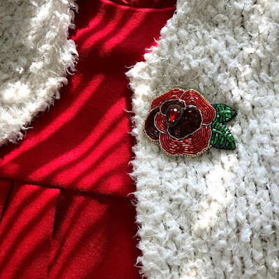 https://www.etsy.com/listing/557971042/red-rose-broochchristmas-decorred-rose?ref=teams_post