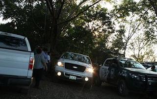 Confirman al menos 3 cuerpos en fosas clandestinas en Tihuatlán Veracruz