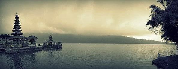 pura Ulun Danu Bratan - Beratan Bedugul Tabanan Bali, tempat wisata