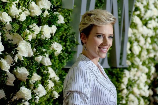 Scarlett Johansson na infância vivia com Bolsa Família