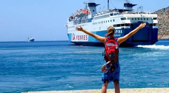 Αδιανόητο: Μητέρα ξέχασε το 10χρονο παιδί της στο πλοίο για Σαντορίνη