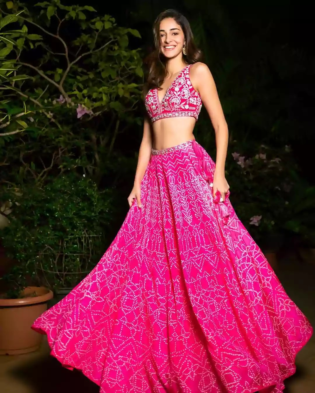 ananya-panday-in-pink-lehenga