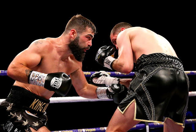 Jono Carroll Beats up Scott Quigg