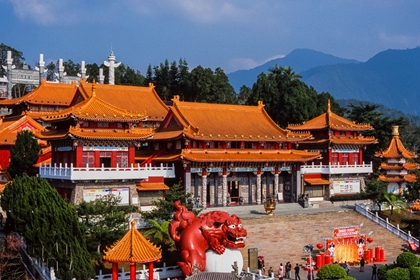 วัดเหวินหวู่ (Wenwu Temple)
