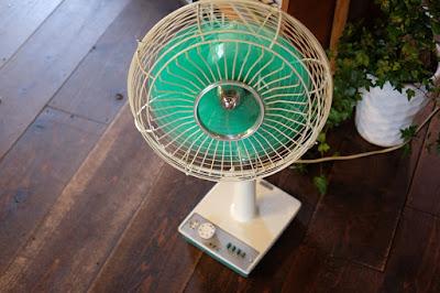 長野市鶴賀田町 ヤマとカワ珈琲店 扇風機