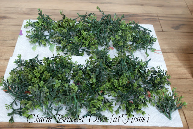 faux boxwood leaves