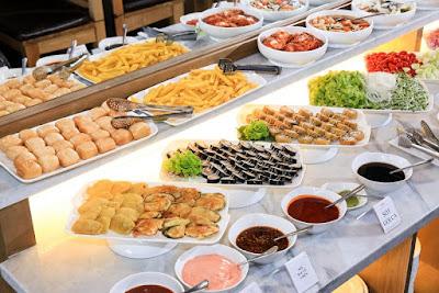 tiệc buffet trung thu 2020