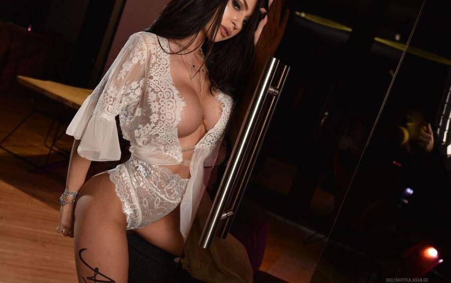 DelightfulAshlee Model GlamourCams