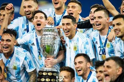 Argentina bate o Brasil, exorciza fantasmas e vence a Copa América
