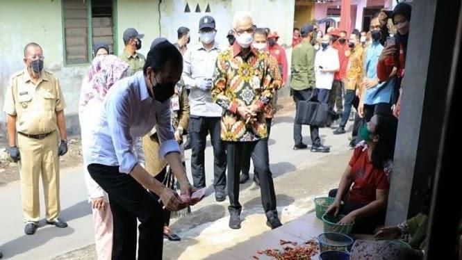 Alamak! Warga Desa di Klaten Sampai Lupa Sarapan Gegara Pengen Lihat Jokowi