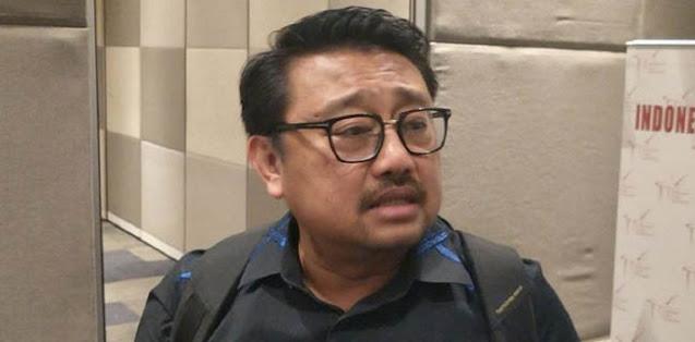 Kritik Ngabalin, Rachland Nashidik: Anda Yang Di Istana Sampah Otoriterisme!