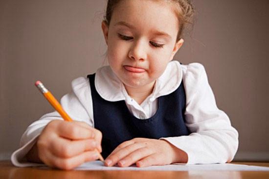 """Результат пошуку зображень за запитом """"ребёнок пишет"""""""