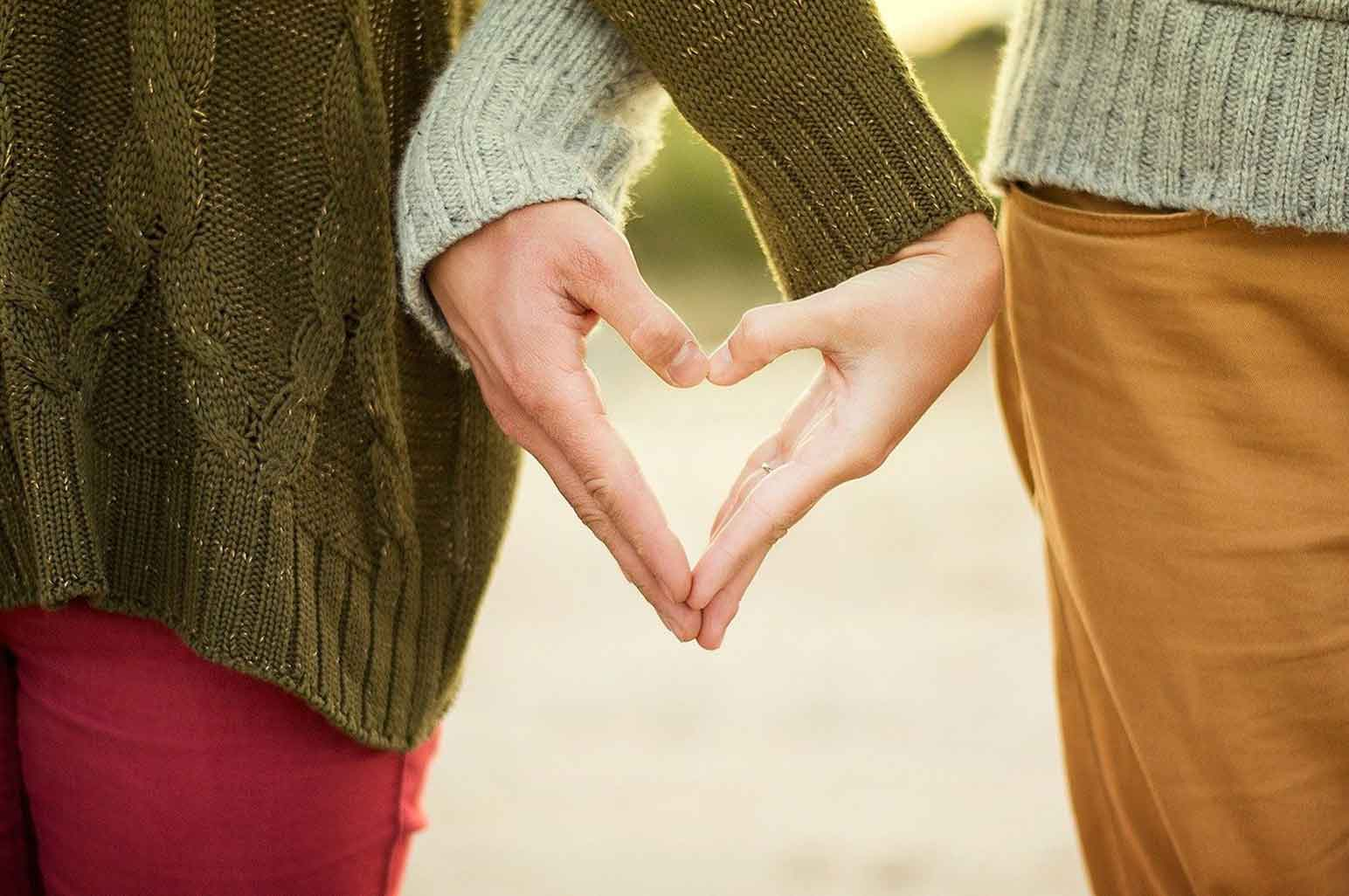 Reasons Why Some Men Prefer Older Women